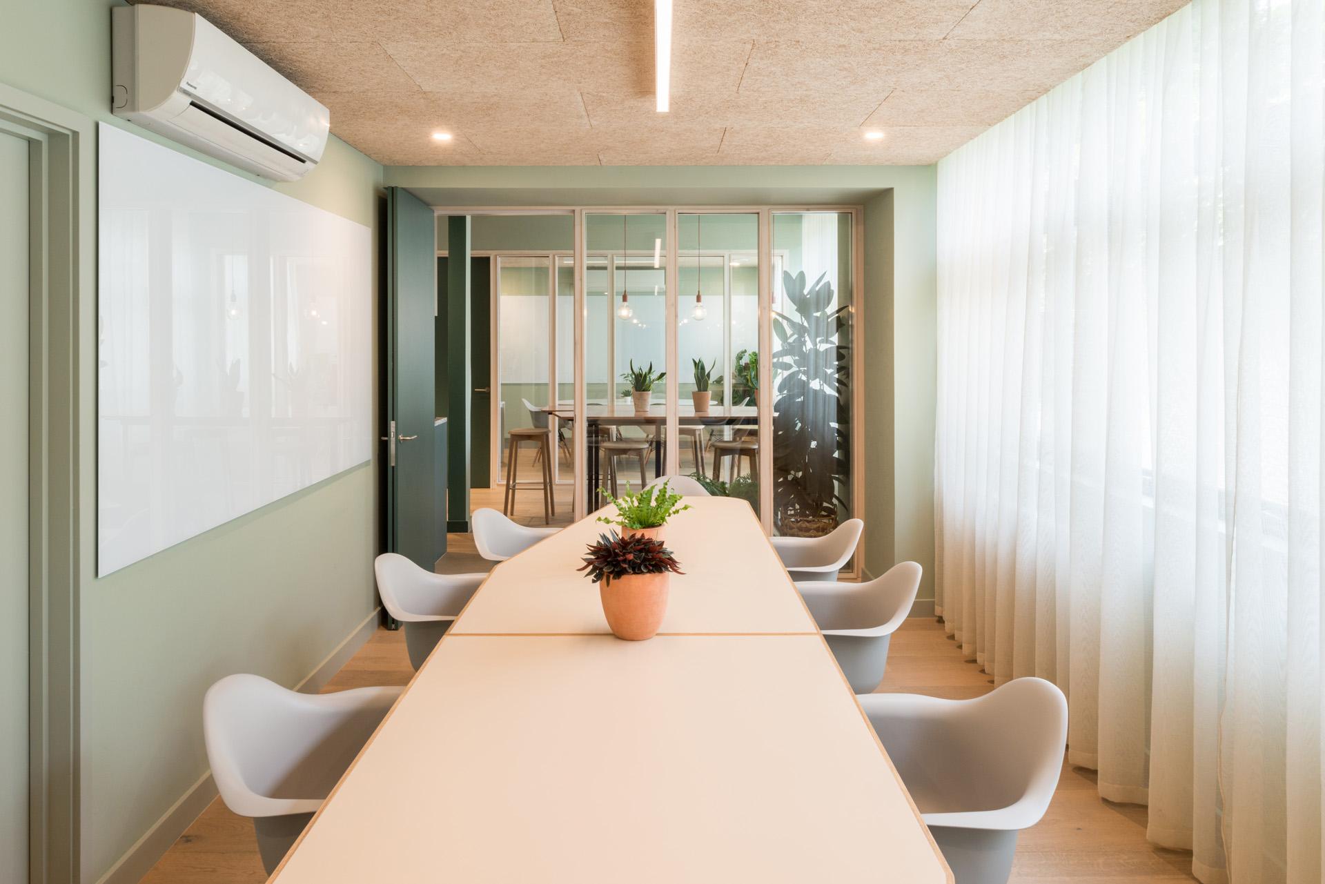 Queens Park meeting room